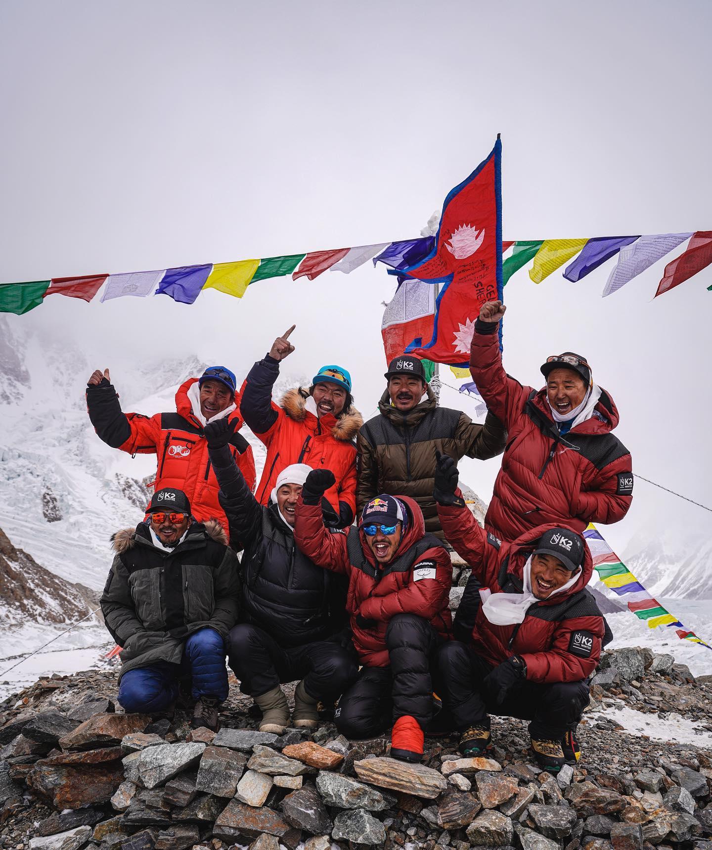 Nimsai Purja, K2 winter ascent, Nepal